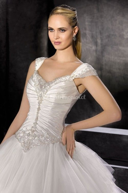 176-19, Miss Kelly By The Sposa Group Italia
