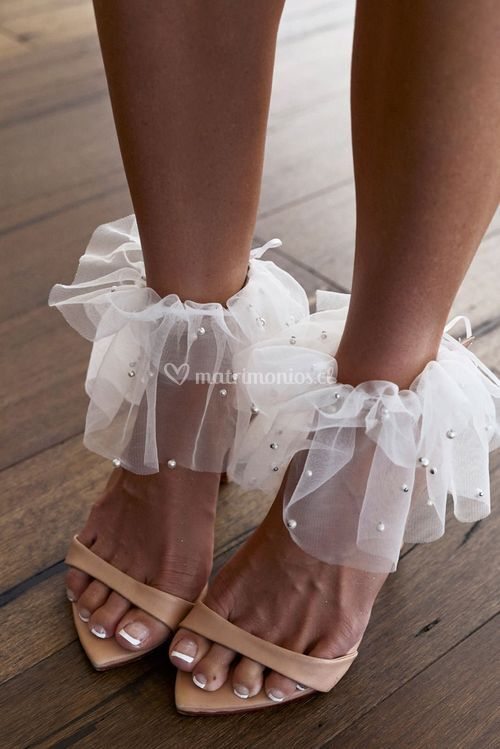 pearly anklet, Grace Loves Lace