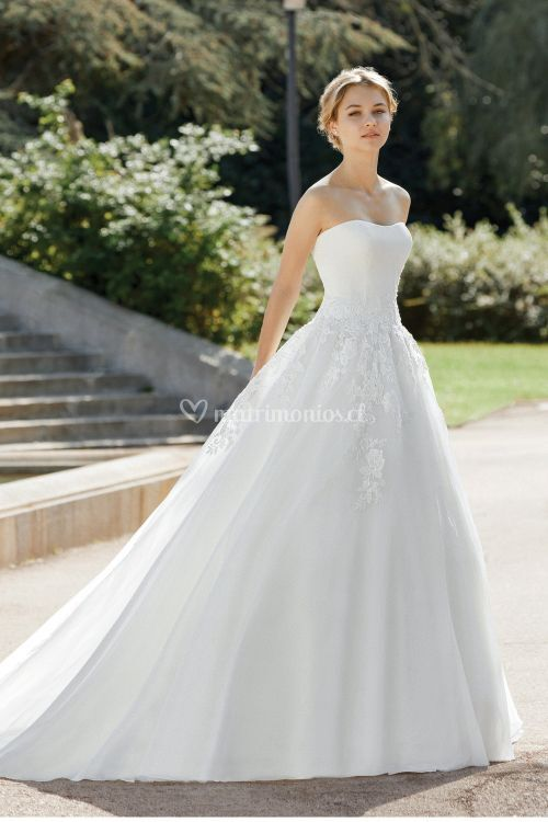 44113, Sincerity Bridal