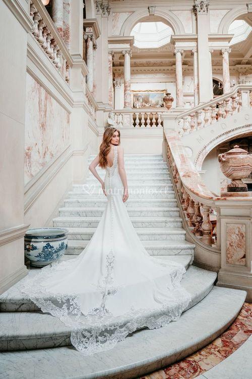 9682, Allure Bridals
