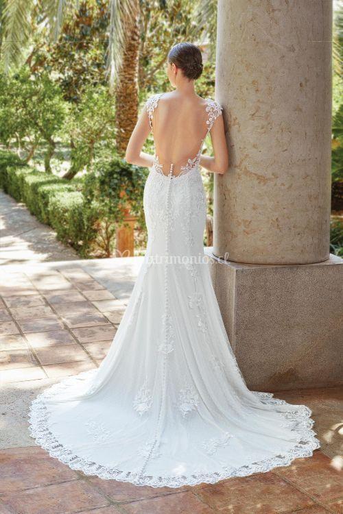 44204, Sincerity Bridal
