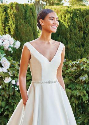 44220, Sincerity Bridal