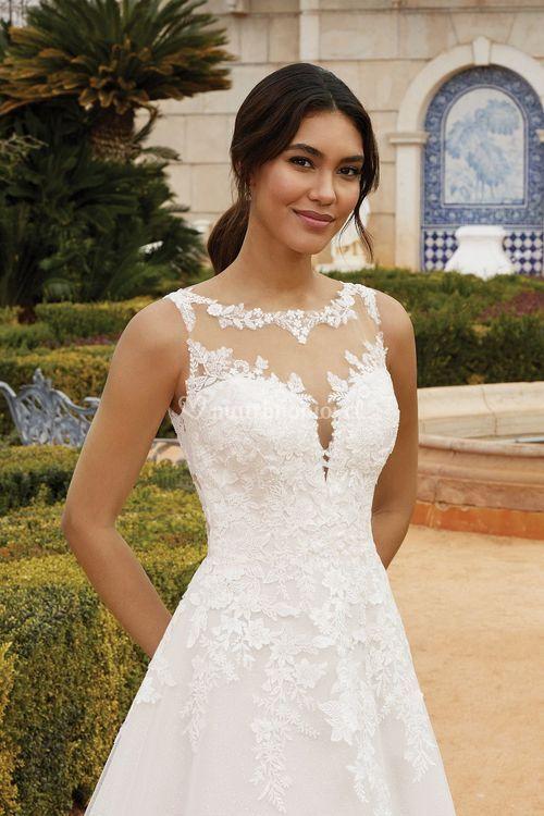 44252, Sincerity Bridal