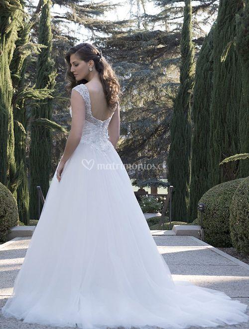 VE8270, Venus Bridal