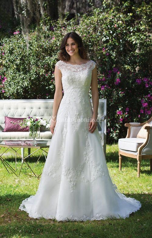 3954, Sincerity Bridal