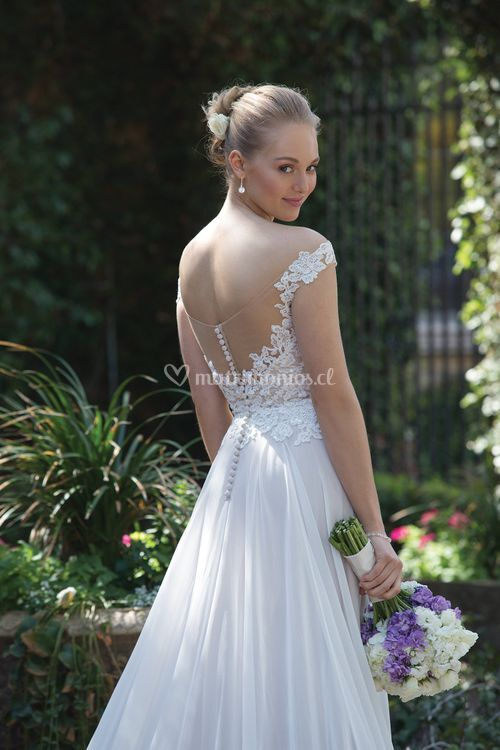 4030, Sincerity Bridal