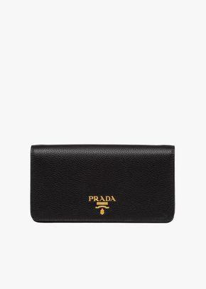 P 022, Prada