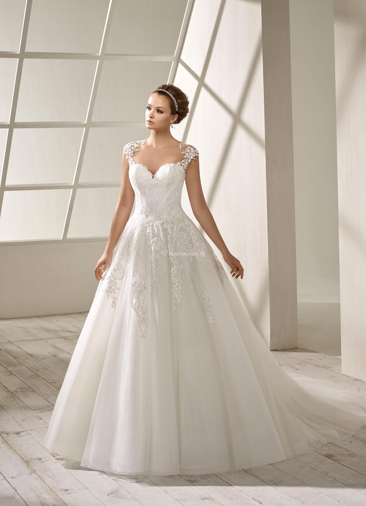 2298dbf4 Vestidos de Novia de Divina Sposa By Sposa Group Italia - 2019 -  Matrimonios.cl