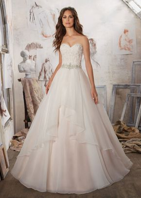 Marvella, Mori Lee