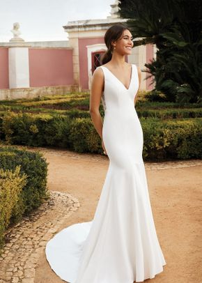 44231, Sincerity Bridal