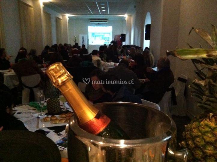 Bar y champaña
