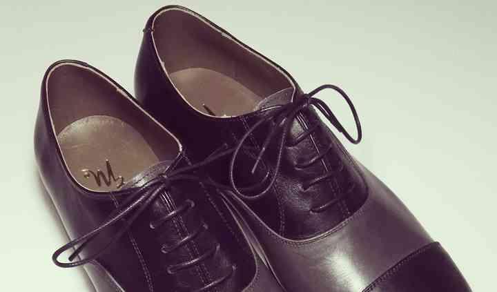 Oxford en cuero negro y gris