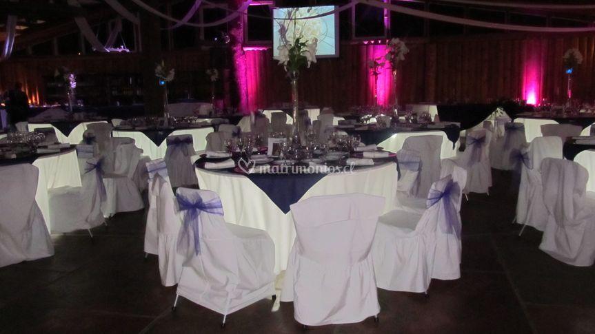 Iluminación  mesa de invitados