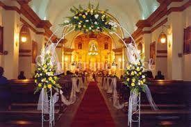 Arco de novios en iglesia