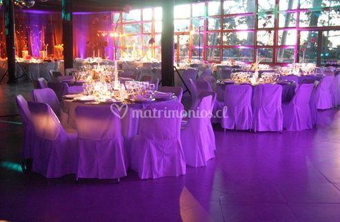 Salón decorado para bodas