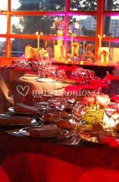 Mesas dispuestas para boda