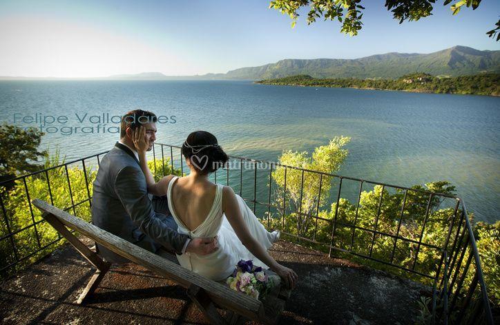 Mirador con vista al lago