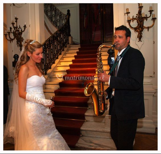 Deleitando a la novia