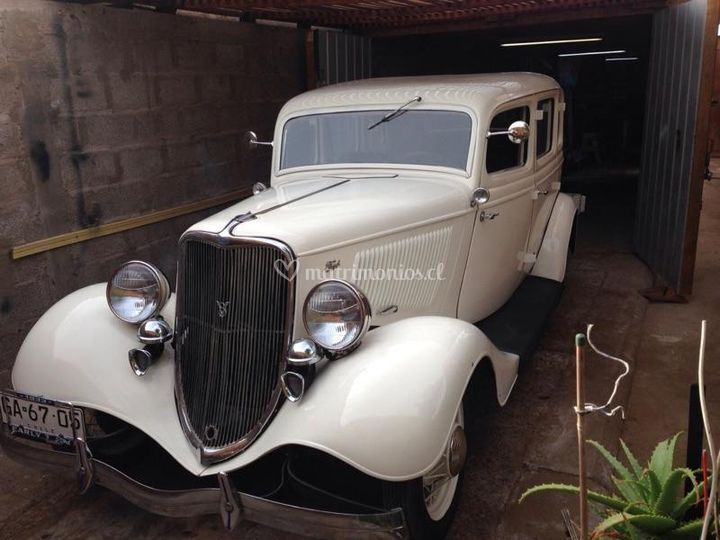 Ford 33
