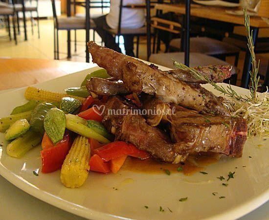 Plato típico de comida griega