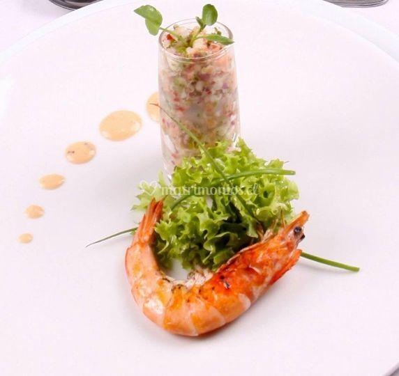 Ceviche de camaron salmón