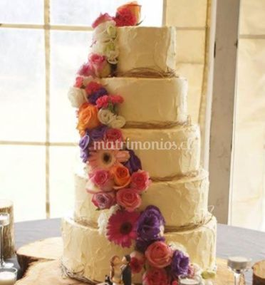 Buttercream y flores naturales