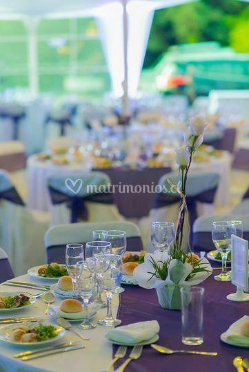 Mesa en lila