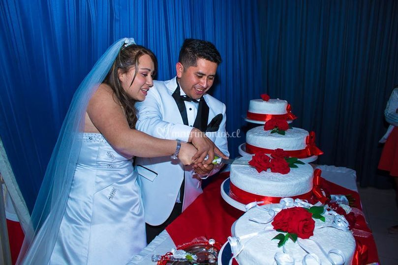 Primer corte torta
