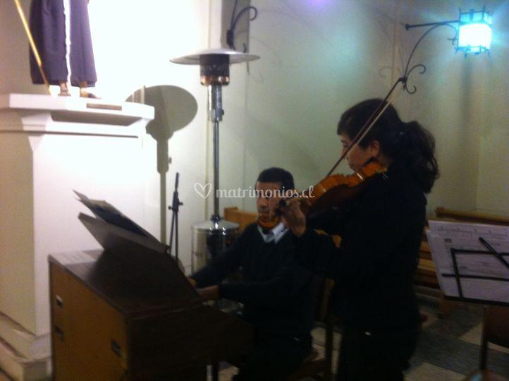 Órgano y violín