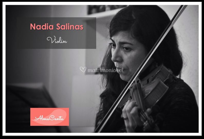 Nadia Salinas - Violín