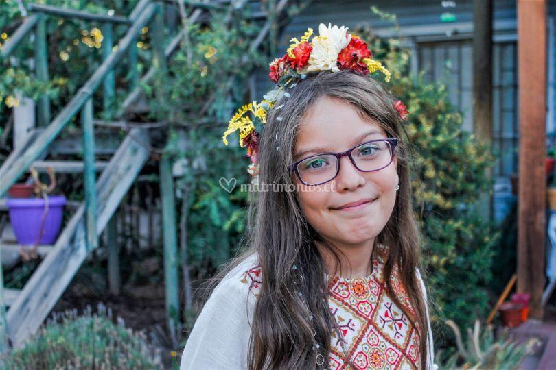 Corona de flores niña