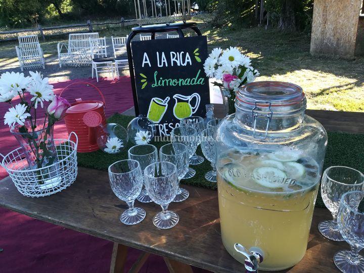 Mesa limonadas