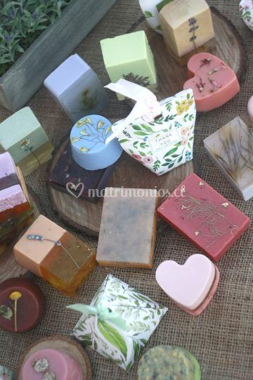 Jabones naturales y packaging