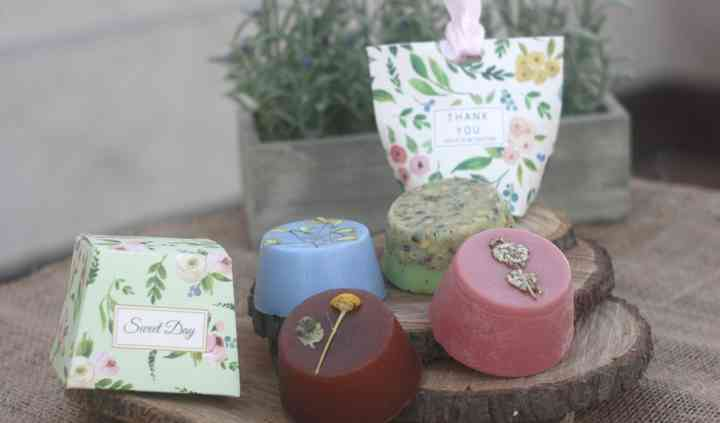Jabones naturales y packaging