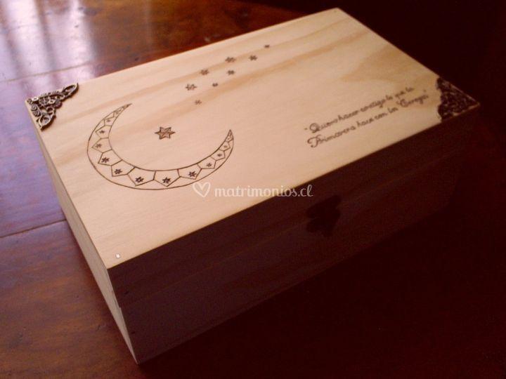 Caja grabado especial