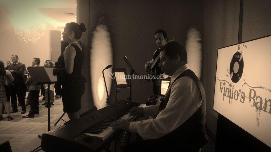Jenny & Vinilo's Band