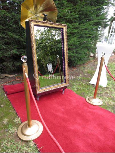 El espejo al aire libre