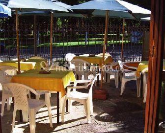 Mesas al sol