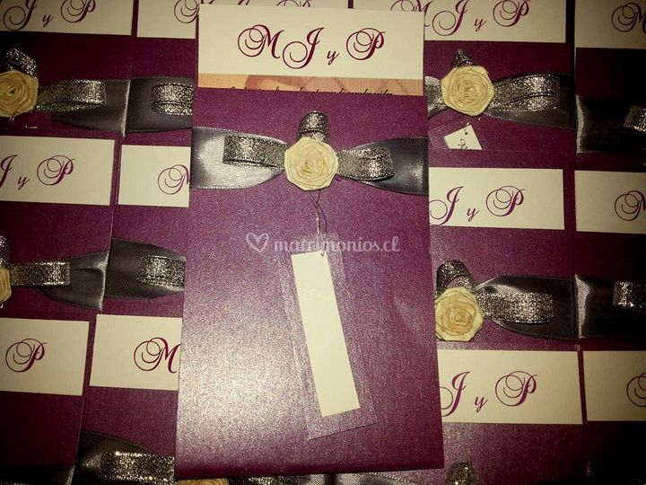 Violeta y plata