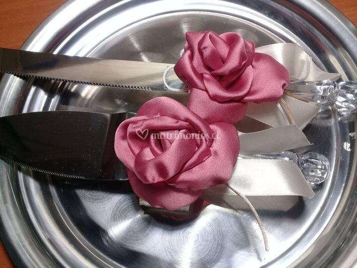 Cubierto torta de novios rosa