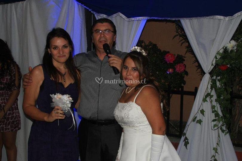 Con la novia y el ramo