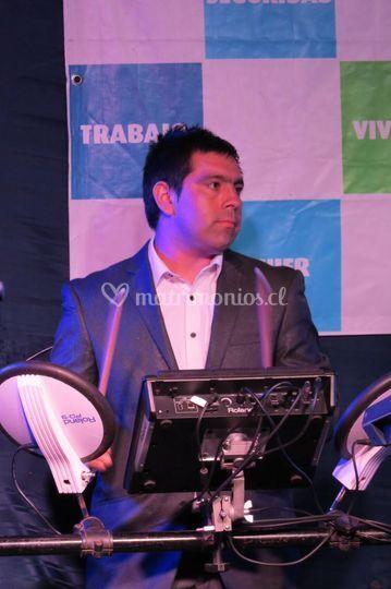 Antonio, percusión