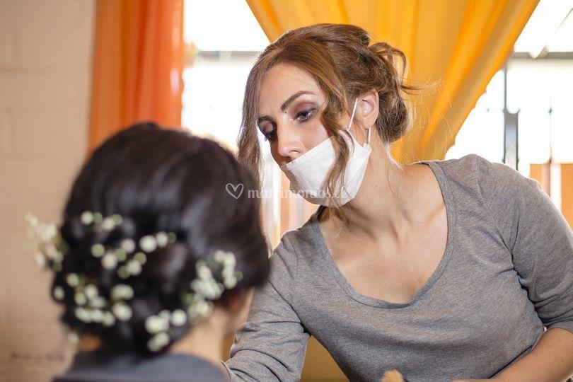 Maquillando a novia