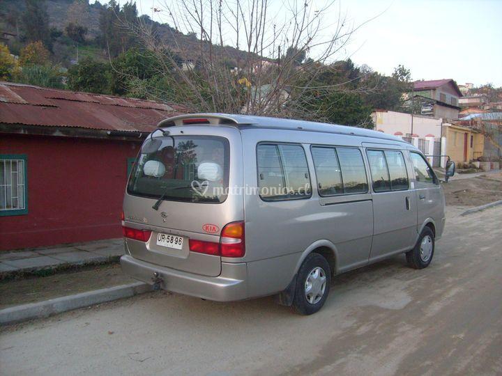 Minibus para 14 personas