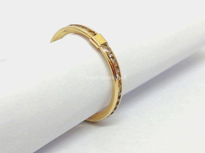 Oro Amarillo con circones