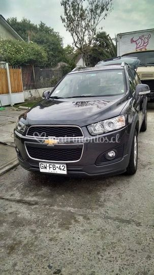 Chevrolet Captiva gris