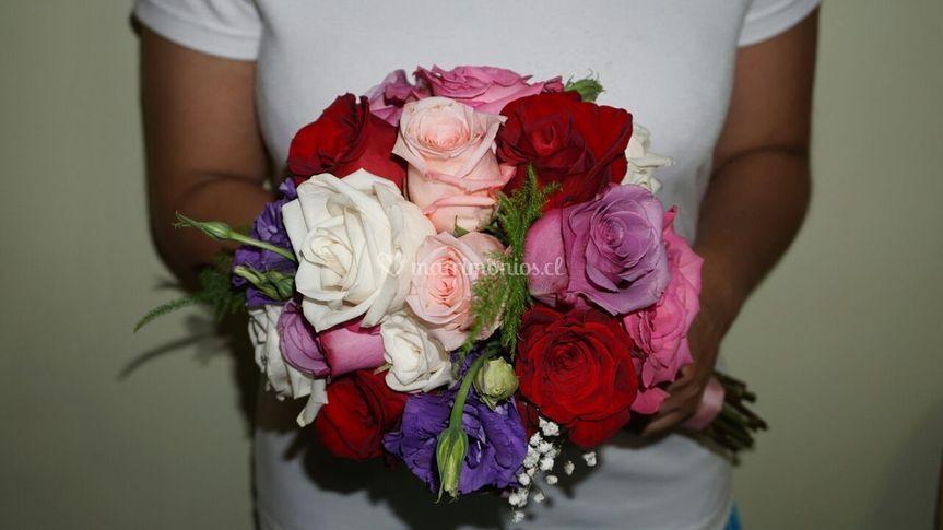 Ramo novia mix rosas