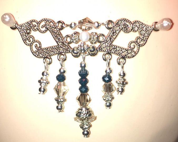 Diseño con perlas del río