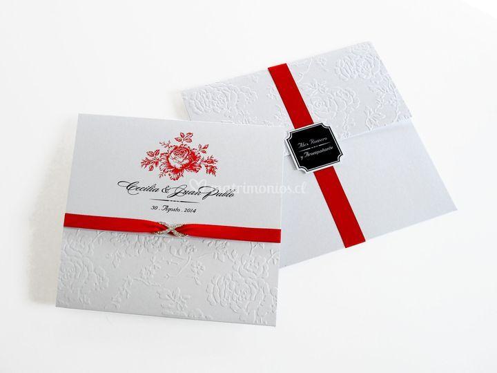 Sobre e invitación texturada