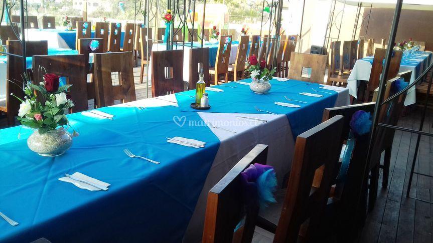 Centros de mesa y mantelería